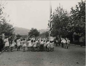 3 children-flag-salute-1930s